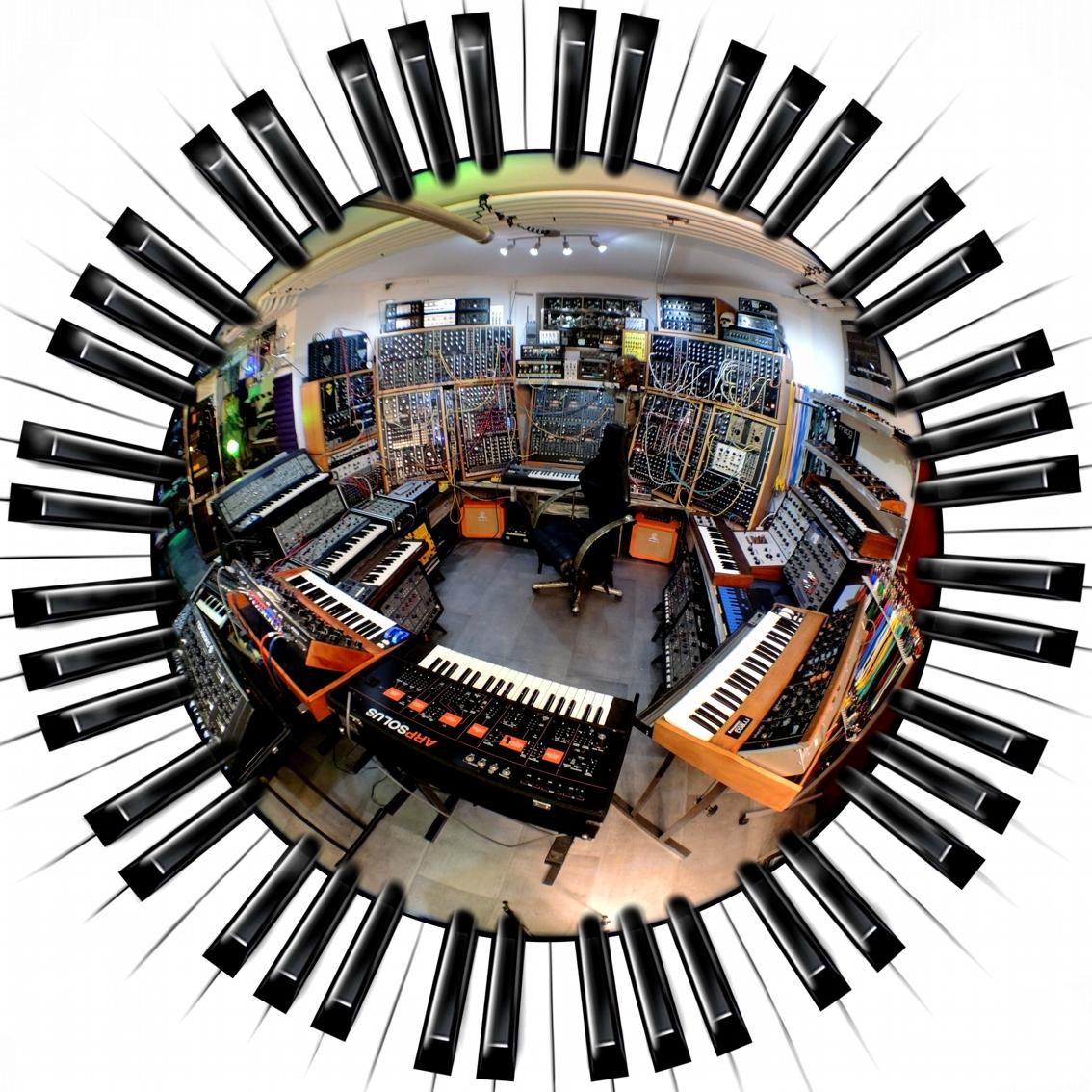 Alien-Studio 2014-00